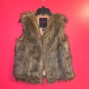 Yoki | 100% Vegan Fur Vest